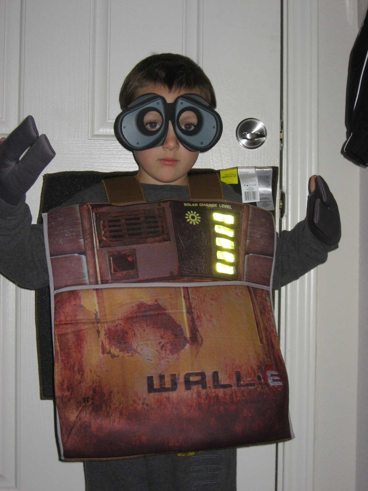 ethan in walle costume